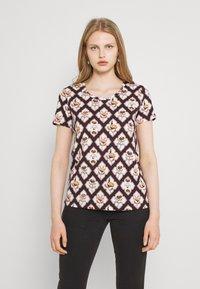 Scotch & Soda - ALLOVER PRINTED TEE - Print T-shirt - brown/white - 0