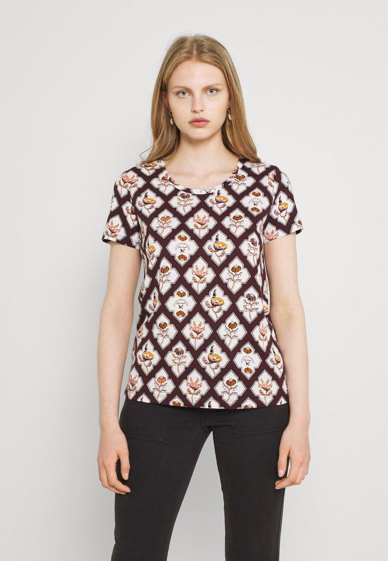 Scotch & Soda - ALLOVER PRINTED TEE - Print T-shirt - brown/white