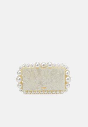 EOS - Clutch - ivory
