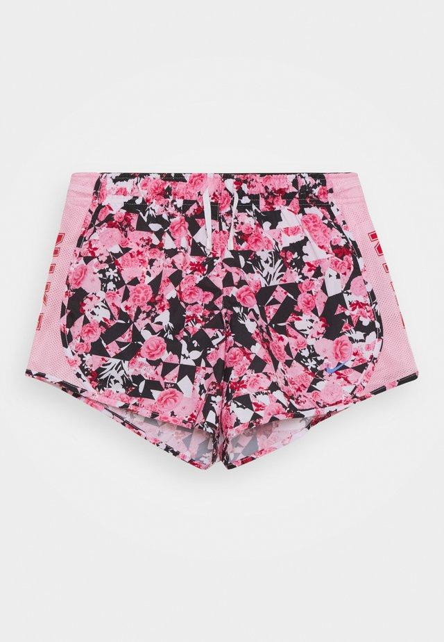 DRY TEMPO SHORT - kurze Sporthose - pink