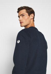 Belstaff - Sweatshirt - navy/offwhite - 4