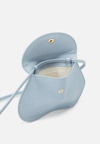 Little Liffner - PEBBLE MICRO BAG - Across body bag - light blue - 3