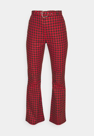 GINGHAM FLARES BUCKLE BELT - Kalhoty - red/black
