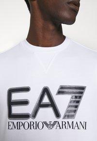 EA7 Emporio Armani - Sweatshirt - white/black - 5