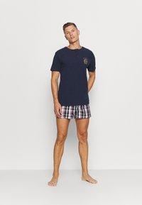 Tommy Hilfiger - HENLEY TEE CREST - Pyjama top - blue - 1
