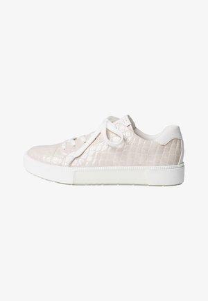 Sneakers laag - nude p.cro.co.