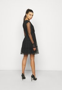 YAS Petite - YASLISSO DRESS - Cocktail dress / Party dress - black - 2