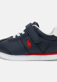 Polo Ralph Lauren - PONY JOGGER UNISEX - Trainers - navy smooth/red - 5