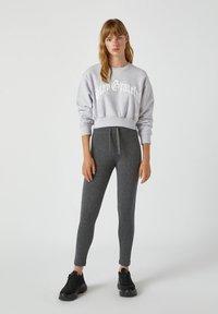 PULL&BEAR - Leggings - Trousers - grey - 1
