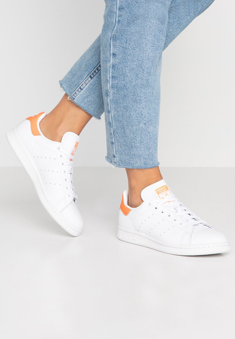 adidas Originals - STAN SMITH - Trainers - footwear white/solar orange