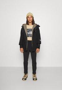 The North Face - TECH PANT - Pantalon de survêtement - black - 4