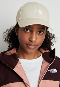 The North Face - CLASSIC UTILITY BRO UNISEX - Cap - bleached sand - 1