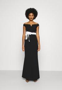 WAL G. - BARDOT BAND DRESS - Suknia balowa - black - 0