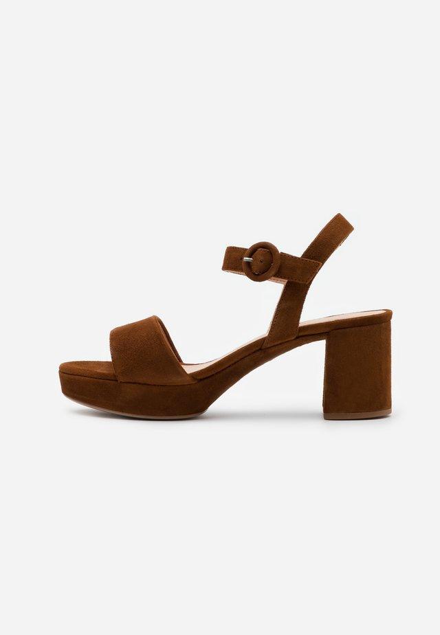 NENES - Platform sandals - toast