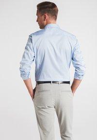 Eterna - SUPER-SLIM - Formal shirt - hellblau - 1