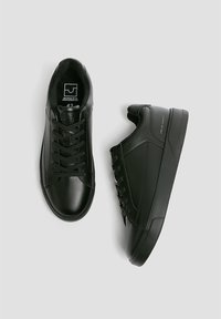 PULL&BEAR - Trainers - black - 2