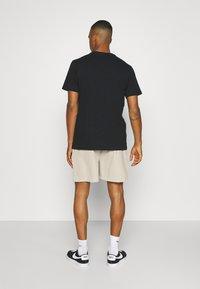 Sixth June - SIGNATURE LOGO SHORT - Shorts - beige - 2