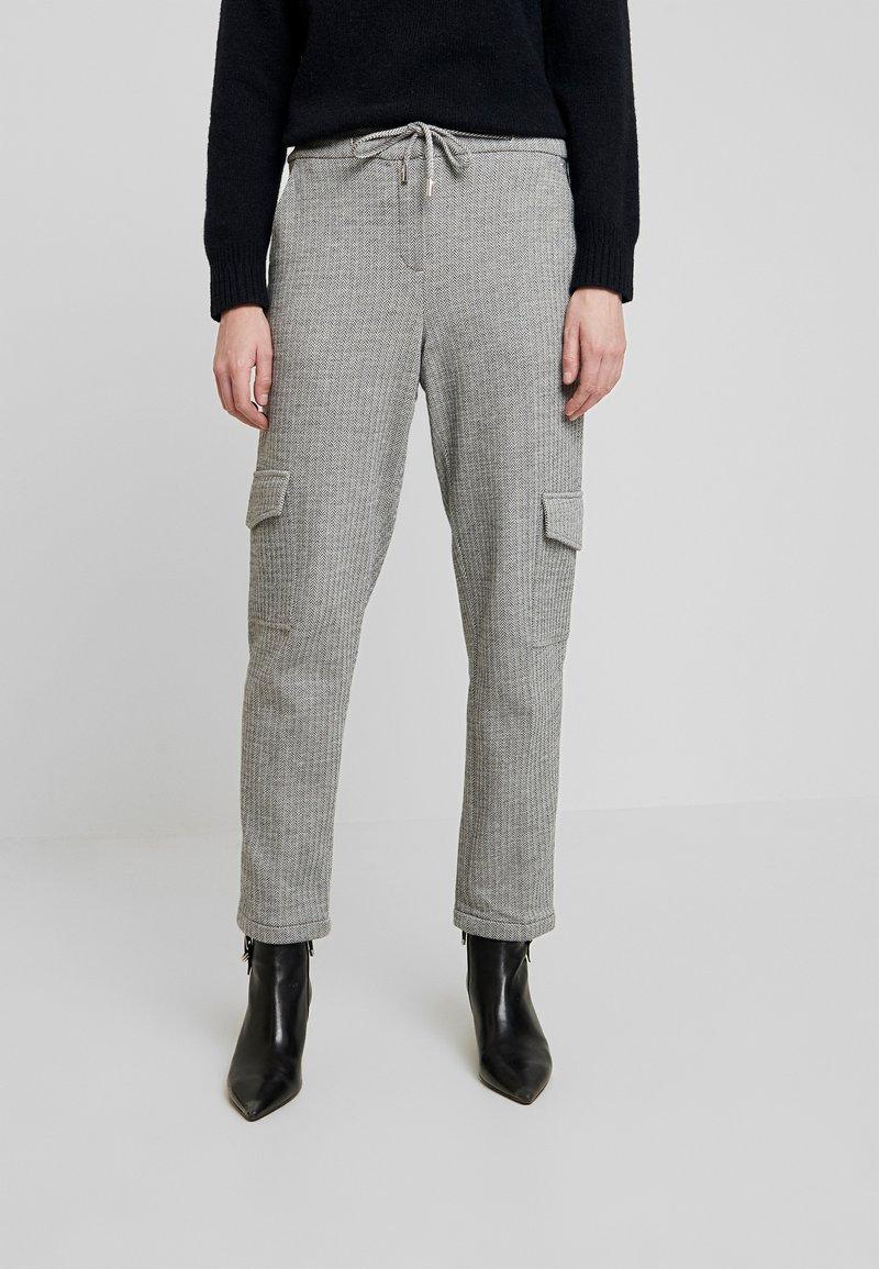 Opus - MILDA - Pantaloni sportivi - hazy fog melange