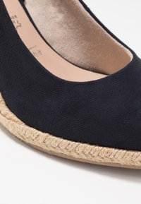 Tamaris - COURT SHOE - Høye hæler - navy - 2