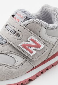 New Balance - IV393CGP - Sneakers basse - grey/pink - 5
