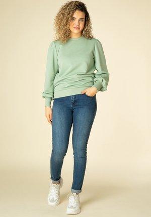 Sweatshirt - soft green