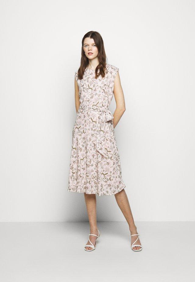 VILODIE CAP SLEEVE CASUAL DRESS - Vapaa-ajan mekko - pink multi