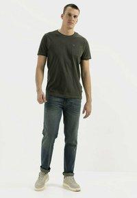 camel active - Basic T-shirt - leaf green - 1
