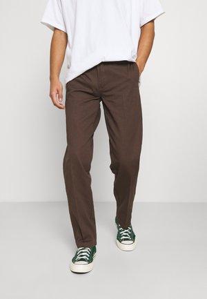 DOT WORKPANT - Trousers - chocolate
