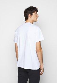 ARKK Copenhagen - BOX LOGO TEE - Basic T-shirt - white - 2