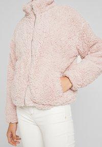 New Look - ZIP THROUGH - Light jacket - pink - 5
