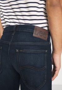 Lee - DAREN ZIP FLY - Jeans straight leg - dark sidney - 4
