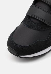 Nike Sportswear - VALIANT  - Trainers - black/metallic gold star/white - 5