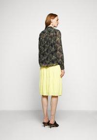 Bruuns Bazaar - DRAW MEG - Button-down blouse - haze - 2