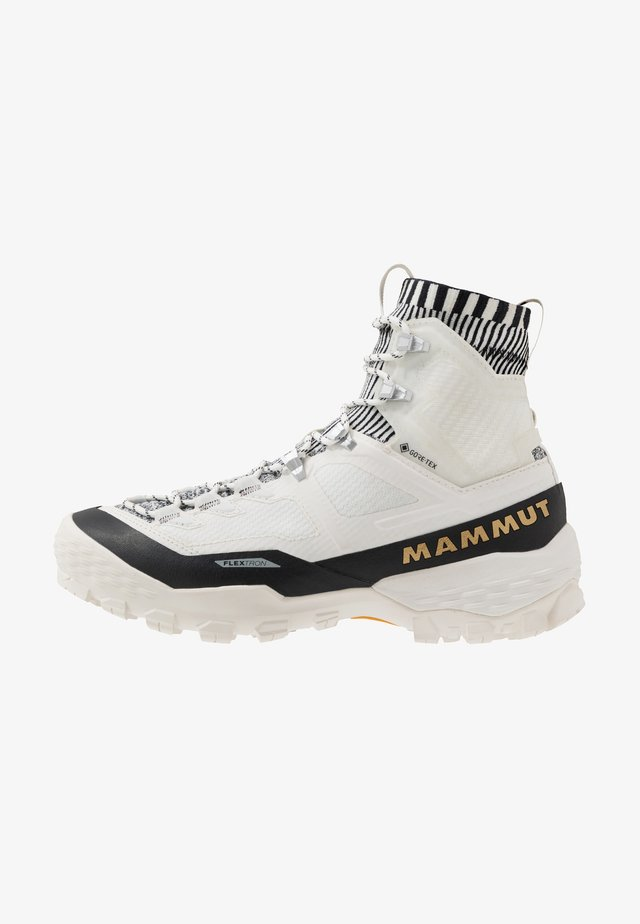 DUCAN HIGH GTX WOMEN - Obuwie hikingowe - bright white/black
