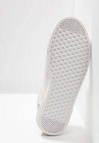 Pepe Jeans - TRAVELLER - Zapatillas - white - 4