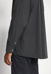 Jack´s Sportswear - FIL A FIL SHIRT BOX COMFORT FIT - Skjorta - dark grey - 5