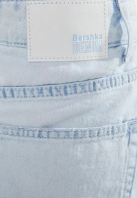 Bershka - MIT AUSGEFRANSTEM SAUM  - A-line skirt - light blue - 5