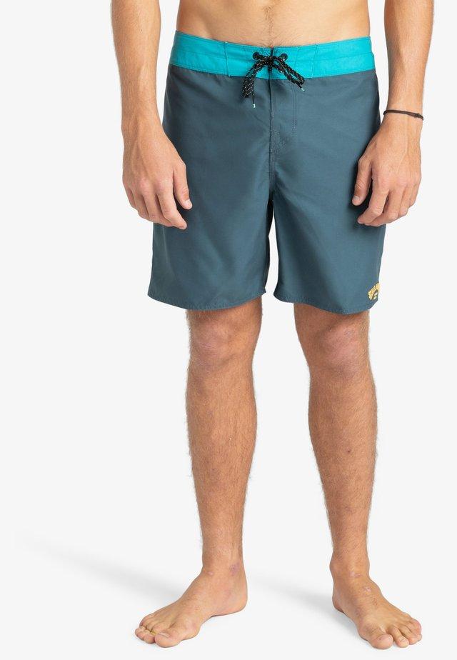 Shorts da mare - char