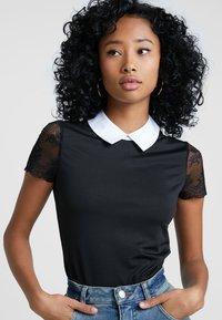 Morgan - DRAGA - Print T-shirt - noir - 3