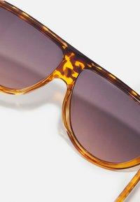 Zign - Sunglasses - brown - 2