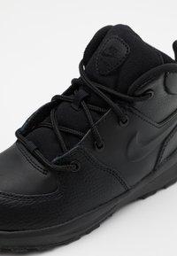 Nike Sportswear - MANOA '17 - Vysoké tenisky - black - 5