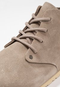Birkenstock - DUNDEE NARROW FIT - Casual lace-ups - grau - 5