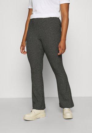 VMKAMMA FLARED PANT - Kalhoty - black