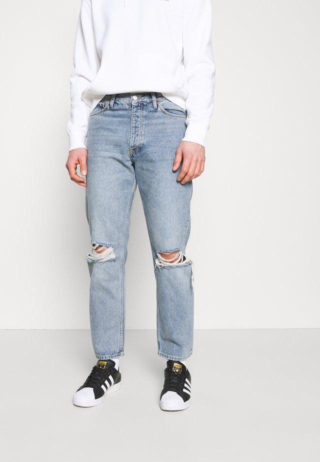DASH - Jeans a sigaretta - light blue denim