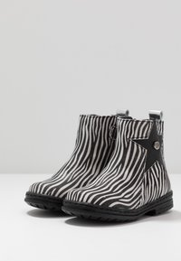 Pinocchio - Classic ankle boots - black - 3
