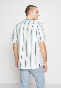 Common Kollectiv - UNISEX STRIPED SHORT SLEEVE - Shirt - white - 2