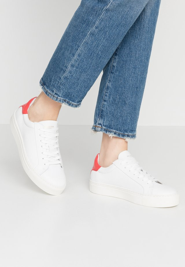 SLFDONNA CONTRAST TRAINER  - Sneaker low - cranberry