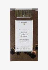 Korres - ARGANÖL HOCHENTWICKELTE COLORATION - Hair colour - 6.1 dunkelblond asch - 0