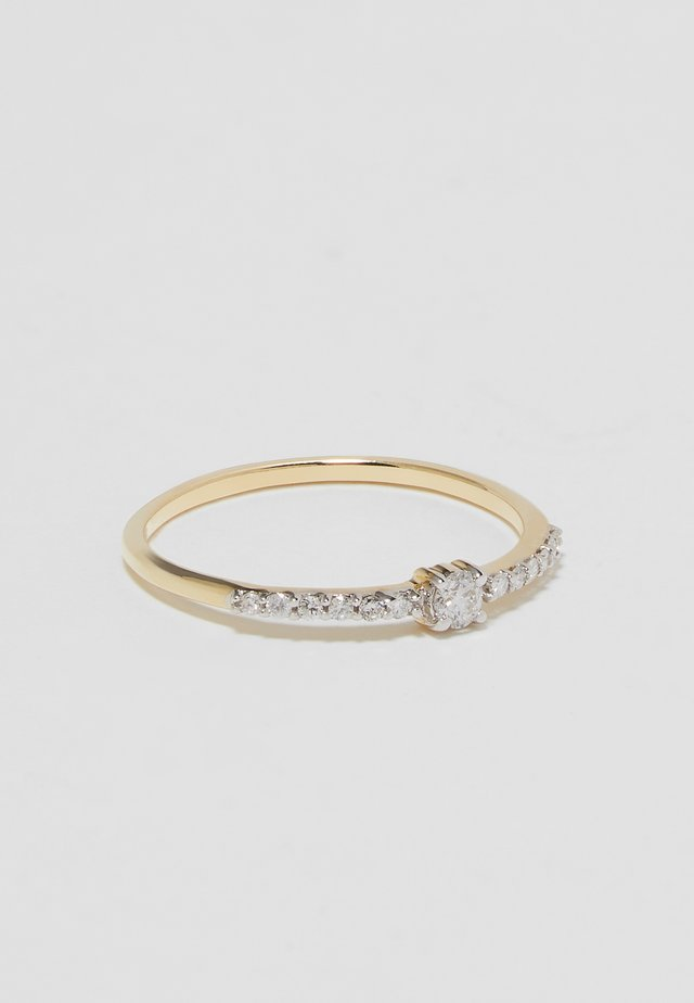 WHITE GOLD ENGAGEMENT RING - Anello - gold-coloured