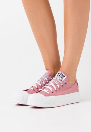 CHUCK TAYLOR ALL STAR LIFT - Sneakersy niskie - dusty rose/white/black